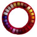 Ring-med-rød-lilla-farver